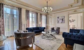Location Appartement 4 Chambres 230m² avenue Pierre 1er de Serbie, 16 Paris