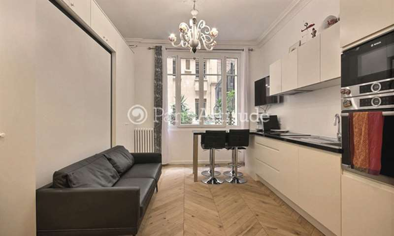 Location Appartement Alcove Studio 38m² rue Lamarck, 75018 Paris