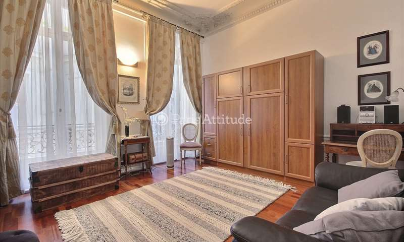 Rent Apartment Studio 30m² avenue de Friedland, 8 Paris