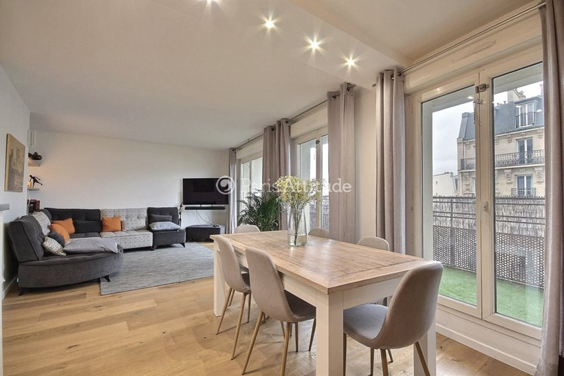 Rent furnished Apartment 2 Bedrooms 75m² avenue de Clichy, 75017 Paris