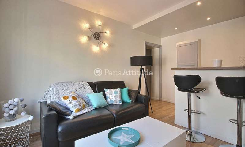 Rent Apartment 1 Bedroom 35m² rue d Anjou, 75008 Paris