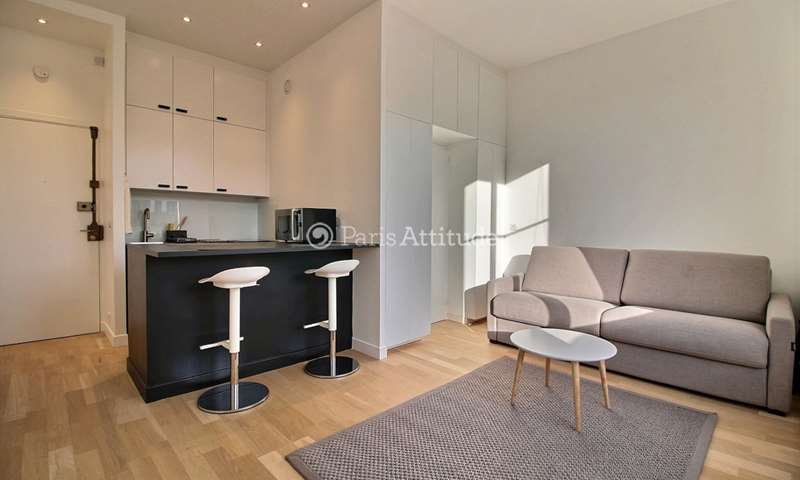 Rent Apartment Studio 23m² boulevard Saint Germain, 6 Paris