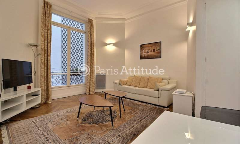 Rent Apartment 1 Bedroom 55m² rue Marbeuf, 8 Paris