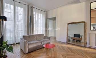 Location Appartement 1 Chambre 67m² quai d Orleans, 4 Paris