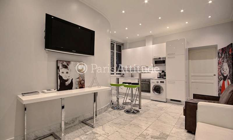 Rent Apartment 2 Bedrooms 60m² rue du Poteau, 18 Paris