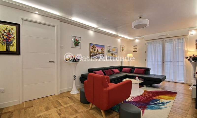 Rent Apartment 2 Bedrooms 72m² rue de Clichy, 9 Paris