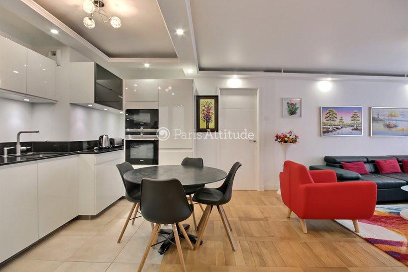 Rent furnished Apartment 2 Bedrooms 72m² rue de Clichy, 75009 Paris