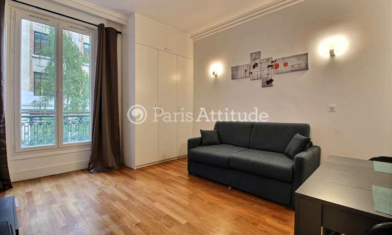 Rent Apartment Studio 25m² rue La Boetie, 8 Paris