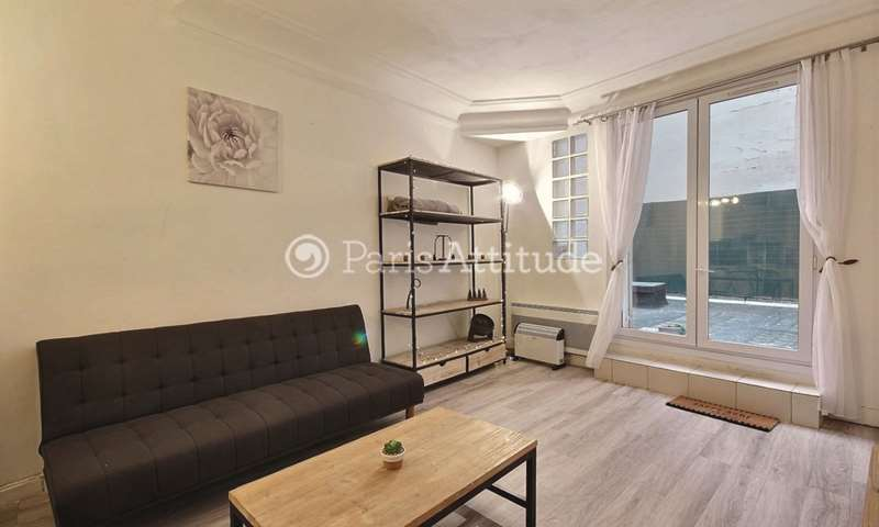 Rent Apartment 1 Bedroom 39m² rue de Marseille, 75010 Paris