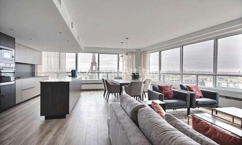 Rent Apartment 3 Bedroom 131m² quai de Grenelle, 75015 Paris