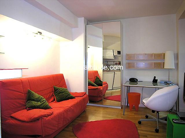 Rent Apartment Studio 20m² rue de la Bûcherie, 75005 Paris