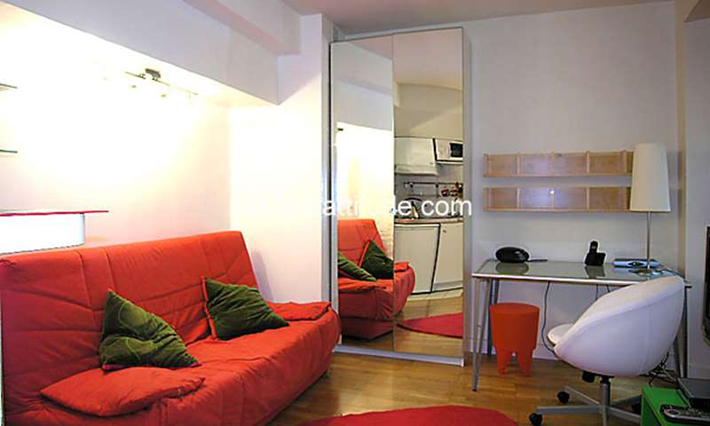 Rent Apartment Studio 20m² rue de la Bûcherie, 75005 Paris