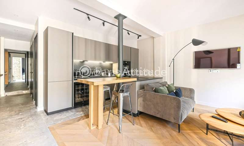 Rent Apartment 2 Bedroom 75m² rue Guenot, 75011 Paris