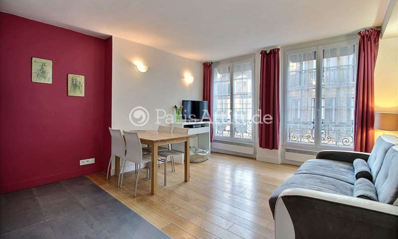 Rent Apartment 1 Bedroom 47m² rue Saint Honore, 75001 Paris