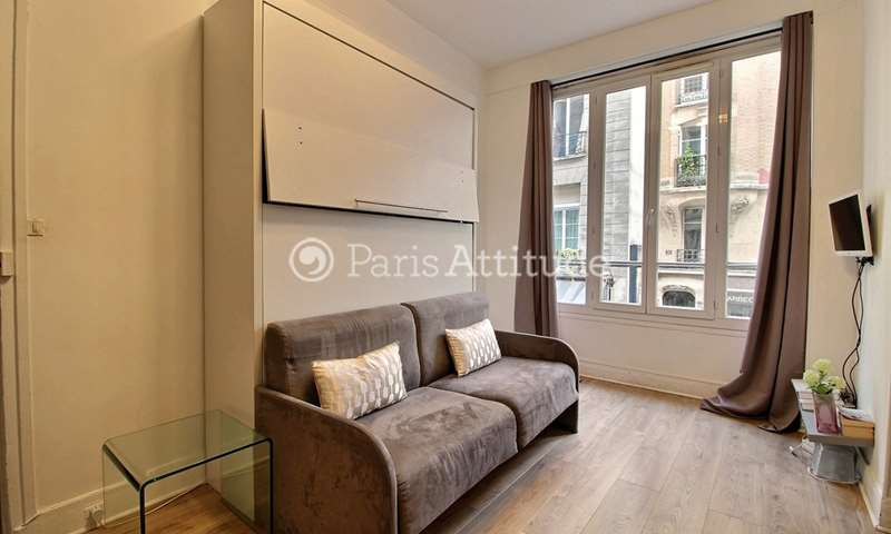 Rent Apartment Studio 20m² rue des Lombards, 75004 Paris
