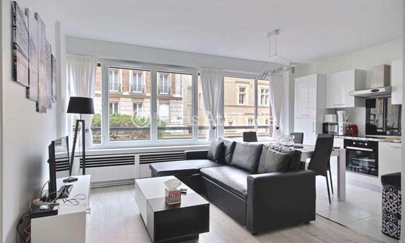 Location Appartement 1 Chambre 49m² rue Laugier, 17 Paris