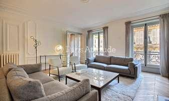 Rent Apartment 3 Bedrooms 130m² rue Galilee, 16 Paris
