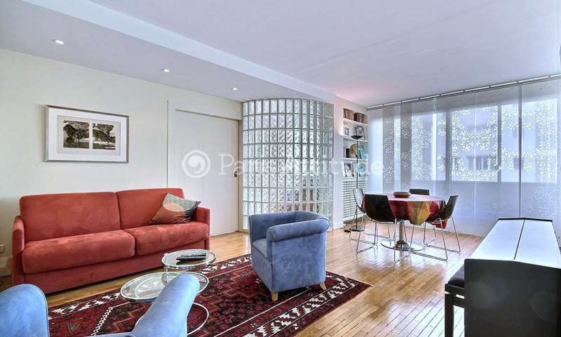 Rent Apartment 1 Bedroom 62m² rue de l Universite, 7 Paris