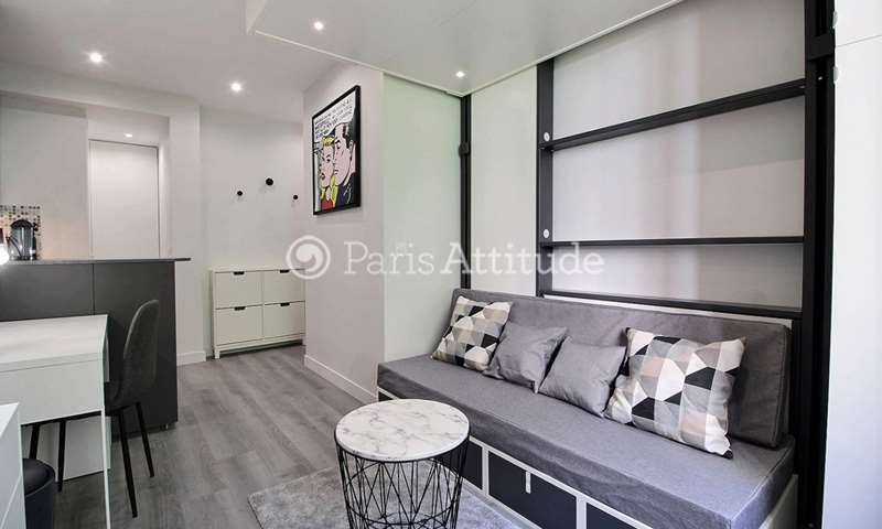Rent Apartment Studio 20m² avenue Montaigne, 8 Paris