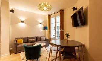 Rent Apartment 2 Bedrooms 55m² rue de Miromesnil, 8 Paris