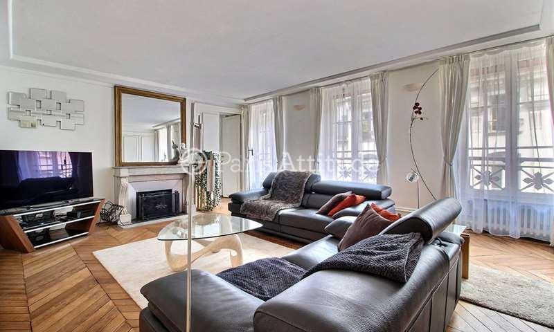 Rent Apartment 2 Bedrooms 103m² rue Saint Roch, 1 Paris