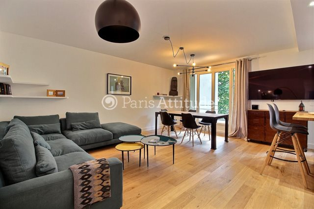 Rent furnished Apartment 2 Bedrooms 65m² rue Aristide Briand, 92130 Issy les Moulineaux