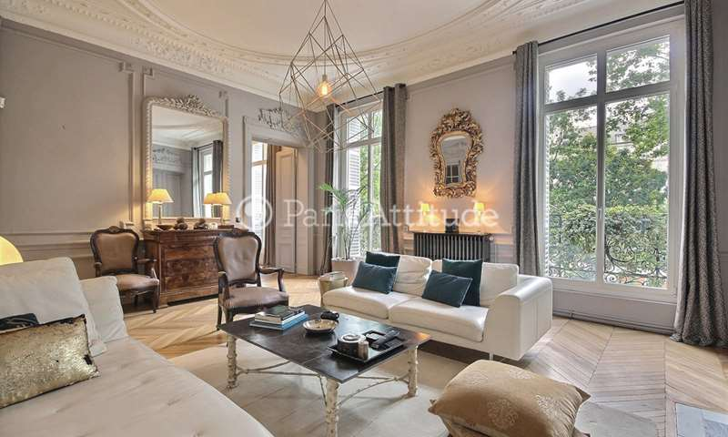 Rent Apartment 2 Bedrooms 120m² boulevard Jules Ferry, 75011 Paris
