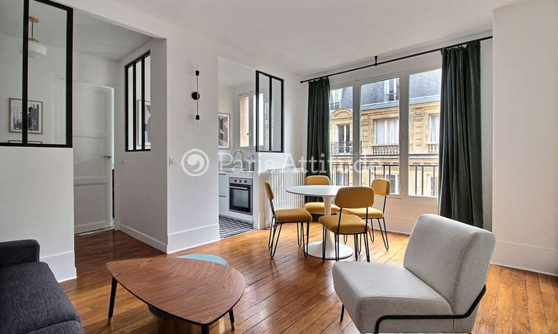 Rent Apartment Studio 30m² rue Choron, 9 Paris