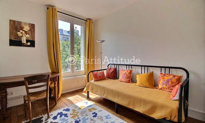 Rent Apartment 1 Bedroom 32m² place de la Sorbonne, 5 Paris