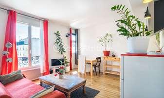 Rent Apartment 1 Bedroom 38m² Passage Briare, 9 Paris