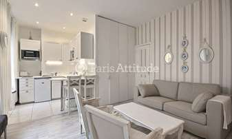Rent Apartment 1 Bedroom 38m² rue Washington, 8 Paris