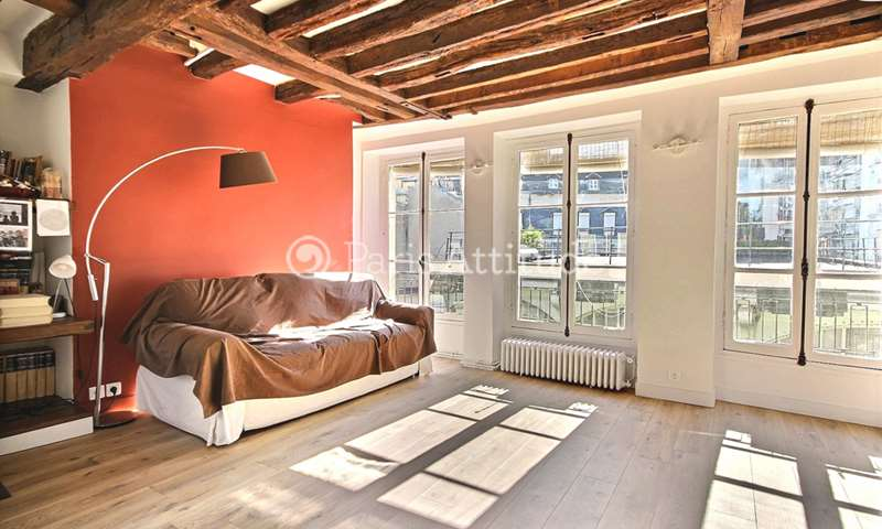 Rent Apartment 1 Bedroom 65m² rue Chanoinesse, 4 Paris