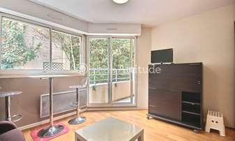 Rent Apartment Studio 21m² rue de Bagnolet, 20 Paris