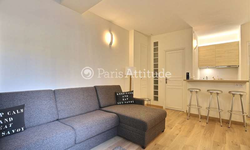Location Appartement Studio 23m² rue Laugier, 17 Paris