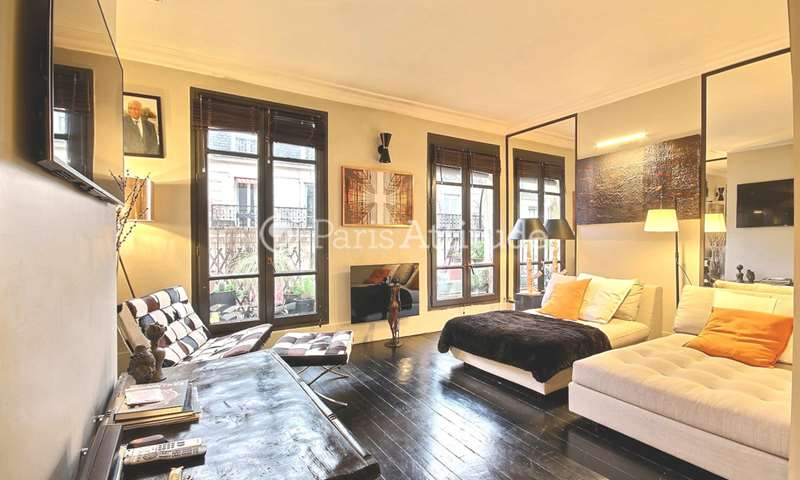 Rent Apartment 1 Bedroom 41m² rue du Chemin Vert, 11 Paris