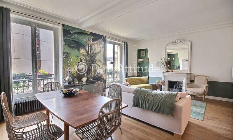 Rent Apartment 2 Bedrooms 78m² rue des Moines, 17 Paris