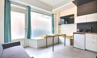 Rent Apartment 2 Bedrooms 35m² rue du Ruisseau, 18 Paris