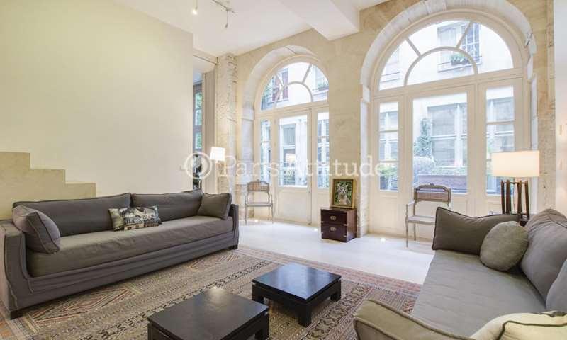 Location Appartement 3 Chambres 240m² rue de Braque, 3 Paris