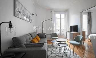 Rent Apartment 2 Bedrooms 61m² rue Laugier, 17 Paris
