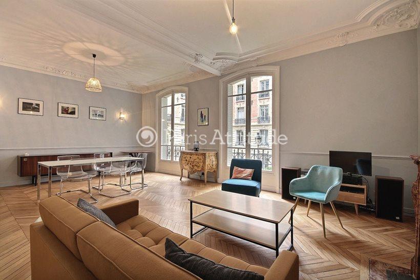 Louer Appartement meublé 2 Chambres 112m² rue de Clichy, 75009 Paris