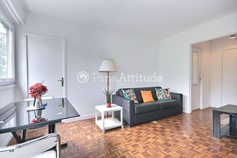 Rent furnished Apartment 1 Bedroom 36m² rue Parent de Rosan, 75016 Paris