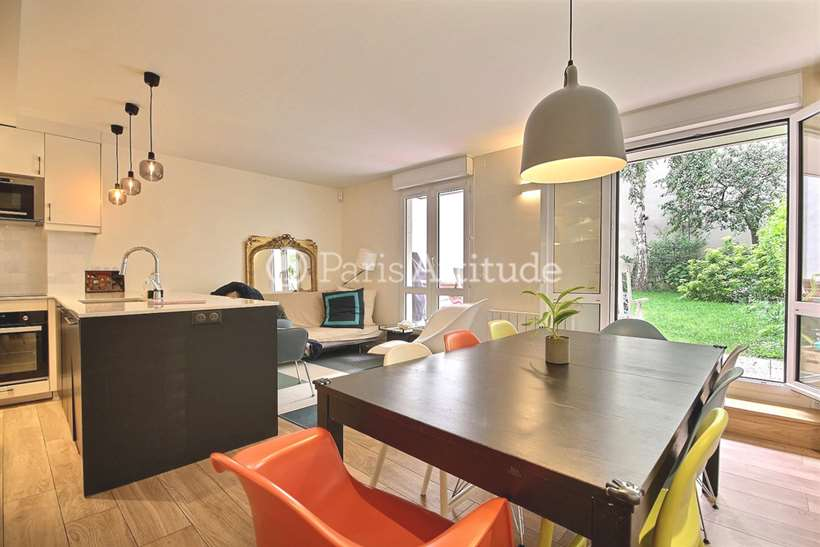 Rent furnished Apartment 2 Bedrooms 71m² rue de Bercy, 75012 Paris
