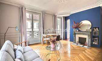 Rent Apartment 2 Bedrooms 53m² rue Blanche, 9 Paris