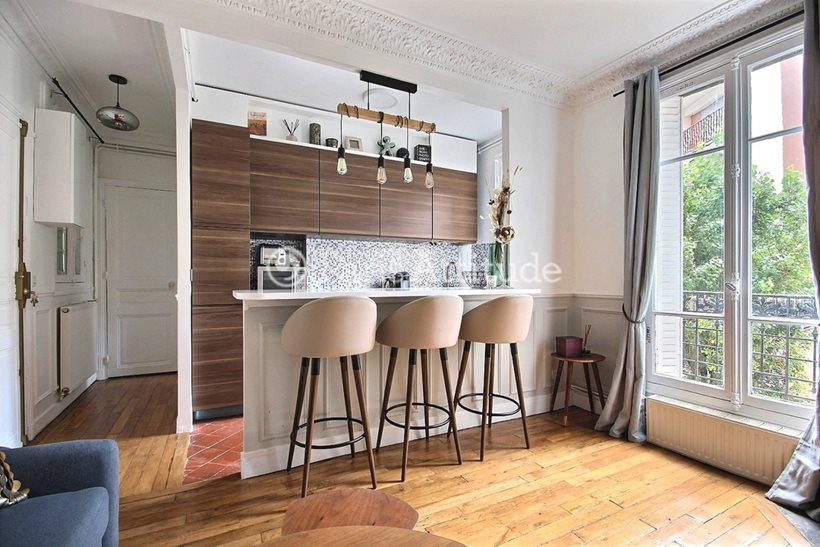 Rent furnished Apartment 1 Bedroom 31m² rue Desnouettes, 75015 Paris
