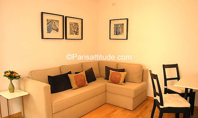Rent Apartment 1 Bedroom 30m² rue Saint Dominique, 75007 Paris