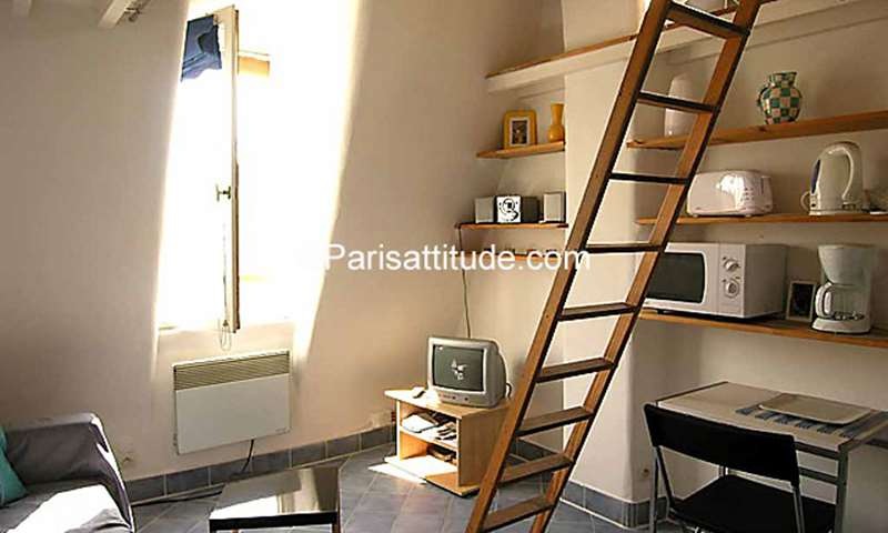 Rent Apartment Studio 18m² rue de l Orillon, 75011 Paris