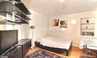 Location Appartement Studio 35m² rue de Ponthieu, 8 Paris