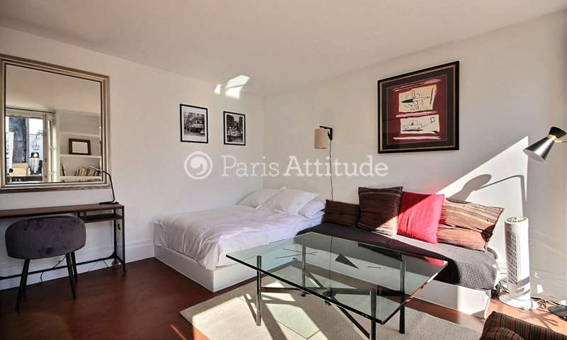 Rent Apartment Studio 30m² rue de Sevigne, 4 Paris