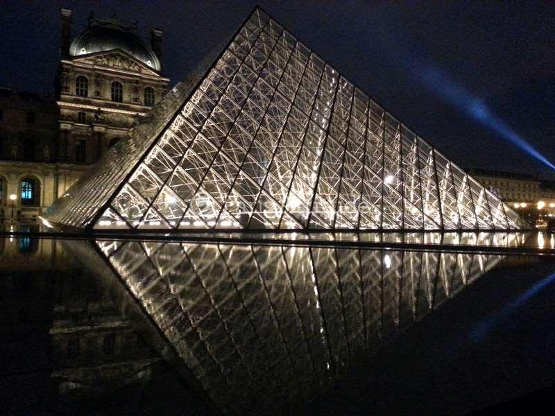 Rent Apartment In Paris 75001 55m 178 Ile De La Cite Ref 1797