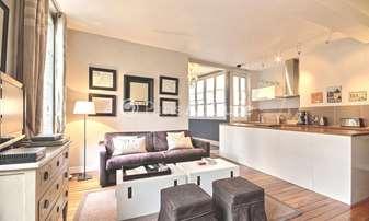 Rent Apartment 2 Bedrooms 75m² rue du Roi de Sicile, 4 Paris